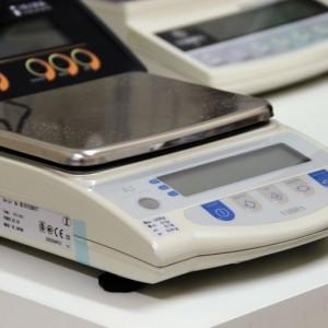 Лабораторное оборудование весы