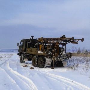 Выполнение геология под коттедж зимой